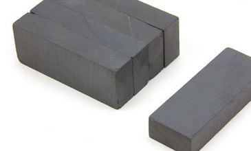 <p>Widely used in a variety of applications, rectangular ferrite magnets are versatile and great value for money. Smaller rectangular ferrite magnets are often used by craft makers or in assemblies that help to increase the magnets performance such as pot or channel magnets. Large rectangular ferrite magnets are commonly used in magnetic separation applications for removing ferrous objects from passing conveyor belts such as in recycling plants. Ferrite as a material has a very good resistance to corrosion and has a high maximum operating temperature making it a very versatile magnetic material.</p>