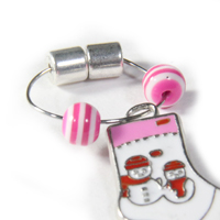 Finished magnetic wine glass charm with pink and white beads and Christmas charm