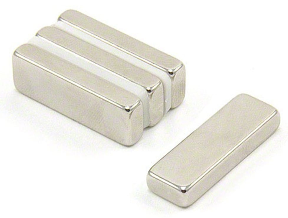 30-x-10-x-5mm-thick-n42-neodymium-magnet-8-1kg-pull-pack-of-4-p1920-3362_image