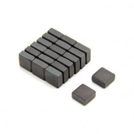 10 x 10 x 5mm thick Isotropic Y30 Ferrite Magnet - 0.08kg Pull (Pack of 20)