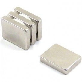 25 x 20 x 5mm thick N42 Neodymium Magnet - 9.9kg Pull ( Pack of 4 )