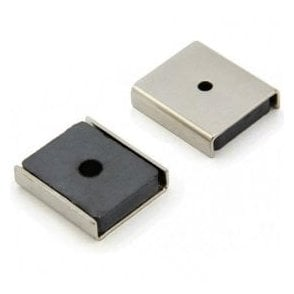26 x 23 x 6.3mm thick (x 3mm hole) Ferrite Channel Magnet - 6.1kg Pull