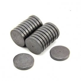 30mm dia x 5mm thick Y10 Ferrite Magnet - 1.1kg Pull (Pack of 800)